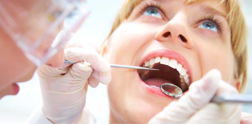 find dentist in Tarzana, CA